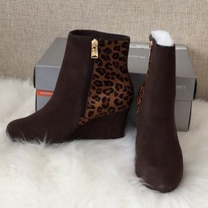 Rockport suede booties w animal print NWT